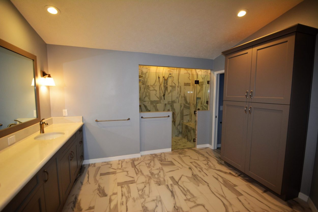 New trends for your bathroom remodel the bath kitchen for Bathroom renovation tampa